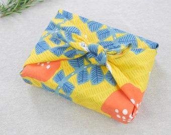 """Hummingbird and Ivy Furoshiki by kata kata, 45 x 45cm(17.7"""" x 17.7"""")   Wrapping Cloth   Reusable Gift Wrapping   Japanese Gift   HanaBee"""