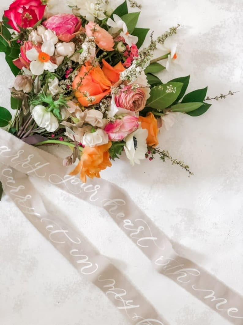 Brautstrauß Band Kalligraphie