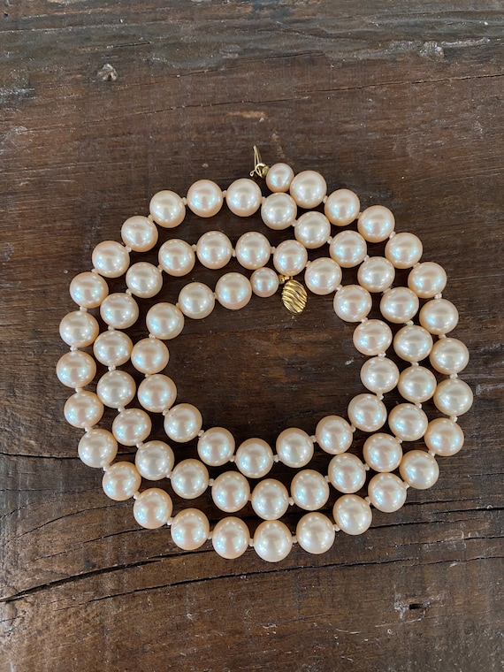 Vintage Marvella Faux Pearl Necklace (29 inches) - image 7
