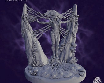Mycelial Queen   Dungeons and Dragons   Miniature for Painting   RPG