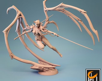 Succubus Fighter   Female Miniature   Dungeons and Dragons