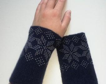Baby romper knitted merino wool set body pixel hat booties