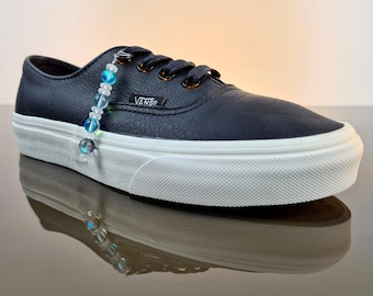 Shoe chain for all lace-up shoes. Shoe jewelry with quartz crystal and Austrian synthetic crystal beads.