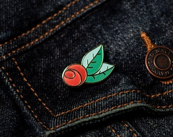 Red Rose Hard Enamel Pin / Floral Lapel Pin / Flower Jewelry / Gold Metal + Red + Green / Brooch / Badge