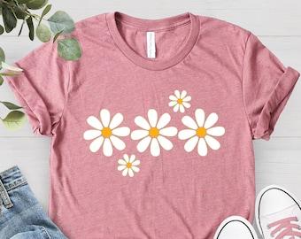 Daisies Flower Shirt, Spring Shirt, Flower Tee Summer Shirt, Soft Graphic Tee for Women, Floral Shirt, Comfy Shirt