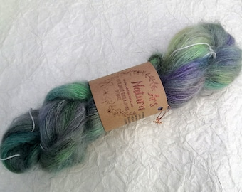 """Vaporous Sigh """"Black Opal"""", Mohair wool and Silk hand-dyed, unique skein. Diam. Lace - 420m / 50g - No Superwash"""