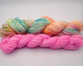 """Kit Sock """"Marrakech"""", 1 Alderman 50g speckling and 1 Mini 20g Rose Loukoum, Merino Wool - Nylon SuperWash"""