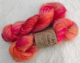 "Vaporous Sigh ""Pomegranate"", Mohair and Silk, unique skein. Diam. Lace - Non Superwash - 50g"