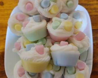 COTTON CANDY Scented 6 Pk  Primitive Cupcake Wax Melts Tarts Decor Bowl Fillers Highly Scented New