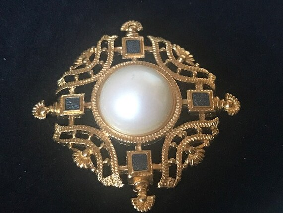 Gold filigree pearl and blue crystal brooch,Monet… - image 5