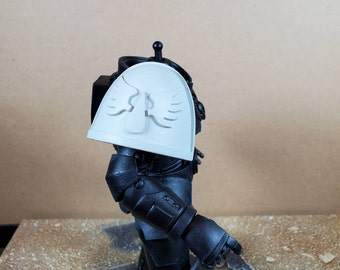 Custom Single Shoulder Pad for McFarlane Space Marine