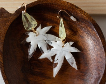 Marijuana Leaf Copper Earrings With Peridot Color Crystals
