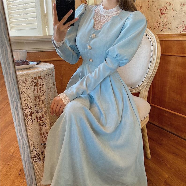Victorian Edwardian Tea Dress and Gown Guide     Vintage retro blue blue angelic dress sleek sleek sleeves victorian belle époque nostalgia $66.50 AT vintagedancer.com