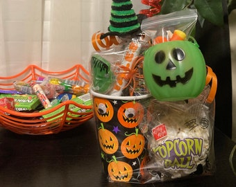 Trick or treat Candy Cups!