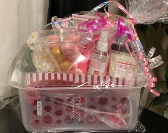 Summertime Bath Gift Basket Set!