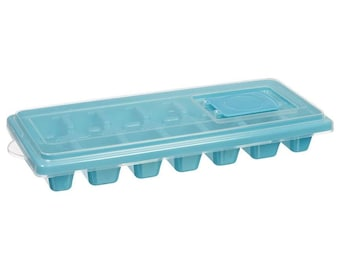 Ice Cube Trays with Lid! Grey or Blue! Quantity 1 or 2!