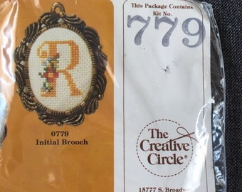 Vintage 1985 The Creative Circle Embroidery Kit Happiness is Homemade Help Wanted Live One Day At A Time