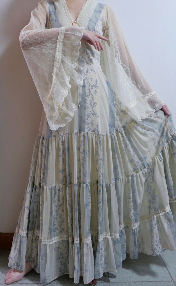 1970s Rare Gunne Sax Dress With Angel Wing Sleeves - image 2