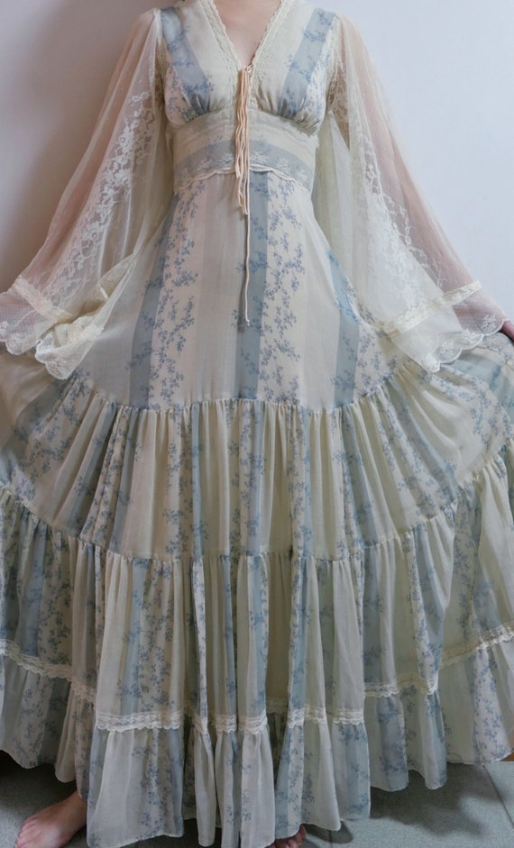 1970s Rare Gunne Sax Dress With Angel Wing Sleeves - image 3