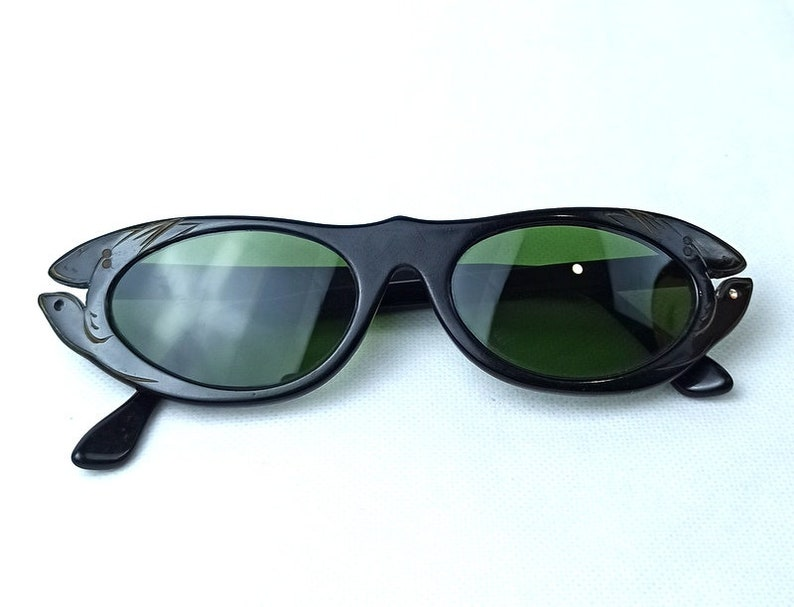 Cat Eye Sunglasses Mid-century 1950s Original France Woman Small Rare Flowers new old stock unused 50/'S 1950/'S Fashion