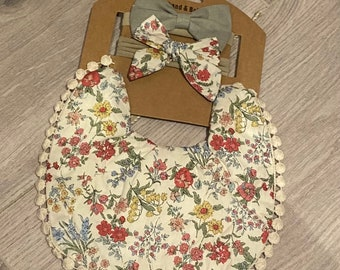 Vintage Inspired Bib and Bow Set