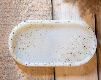 Oval tray| Oval tray | Epoxy resin| Epoxy resin | Handmade| Handmade | Catch-All| Catchall
