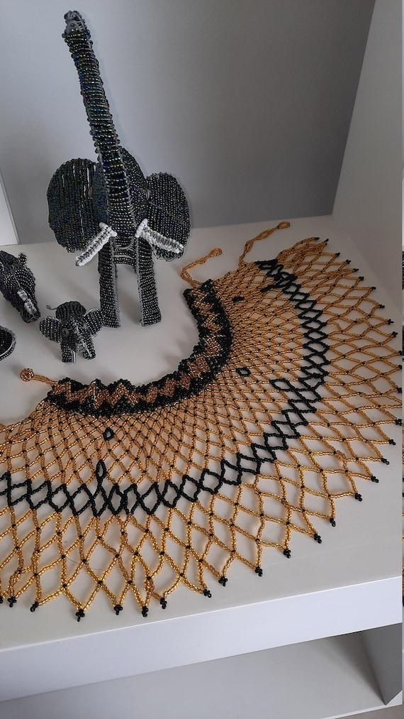 Half-collar Xhosa-style