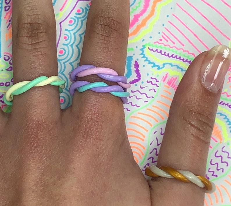 2 Colour Wind Bands