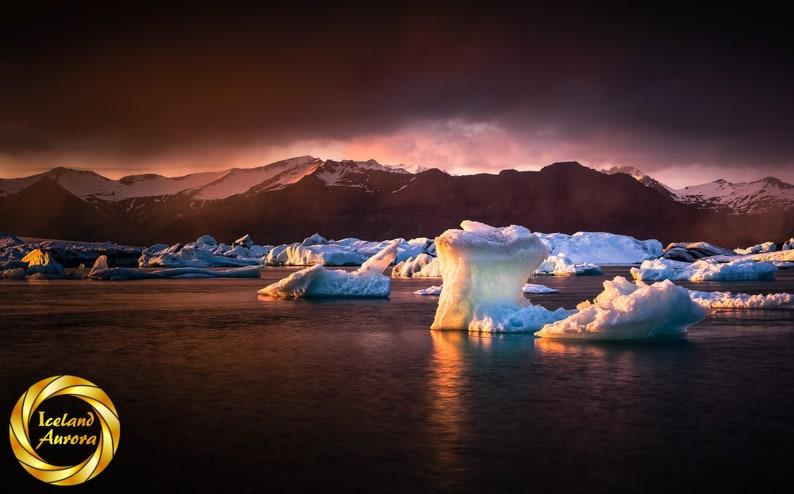 Jokulsarlon Light glacier lagoon Iceland   Digital Download image 0
