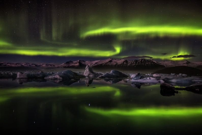 Iceland : Night of Ghosts on Canvas image 0