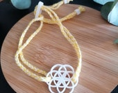Armband Blume des Lebens geometrisch gelb