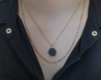 2-row necklace with black sequin hexagon
