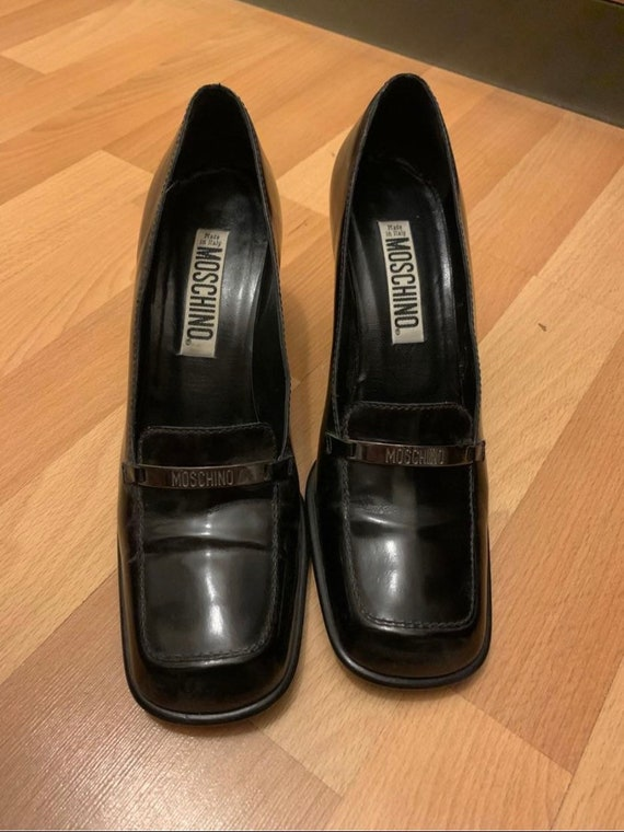 90s moschino chunky heel square shoes