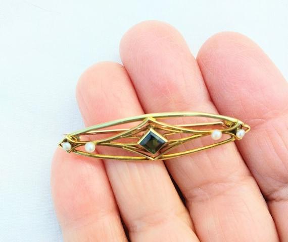 Victorian Jewelry Yellow Gemstone Brooch Gold Filled Pin Victorian Gold Fill Oval Gemstone Brooch with Leaves Victorian Gold Brooch