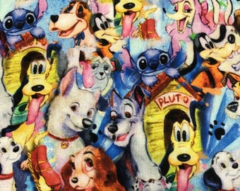 Disney MICKEY MOUSE By-the-HALF-yard and friend Pluto AquaGreen 100/% cotton Quilt Fabric from Camelot Design Studios