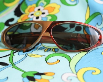 Vintage Sunglasses - Half and Half - Gold and Red 50/50 Colorblock Shades 1990s Y2K