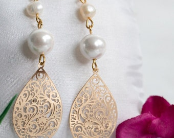 Bridal earrings jewelry, Beige pearls earrings