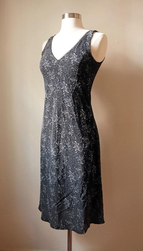 dainty 90's floral summer slip dress - image 1