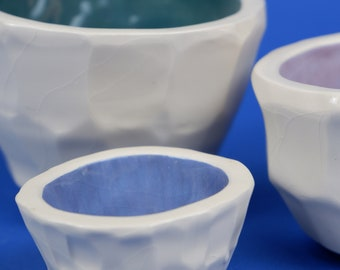 set bowls in color gradation