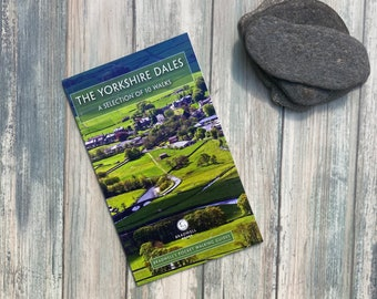 The Yorkshire Dales: A Selection of 10 Walks (Bradwell's Pocket Walking Guides)