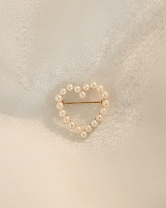 Vintage Pearl Heart Brooch - image 2