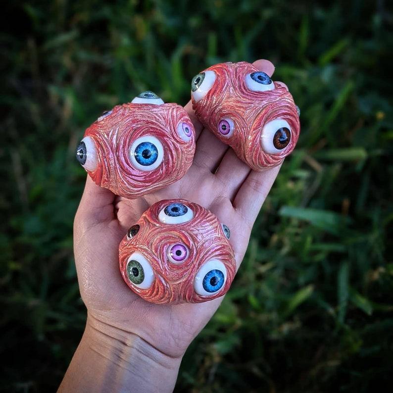 Creepy eyeball garden stones 3-4in spooky garden decor image 1