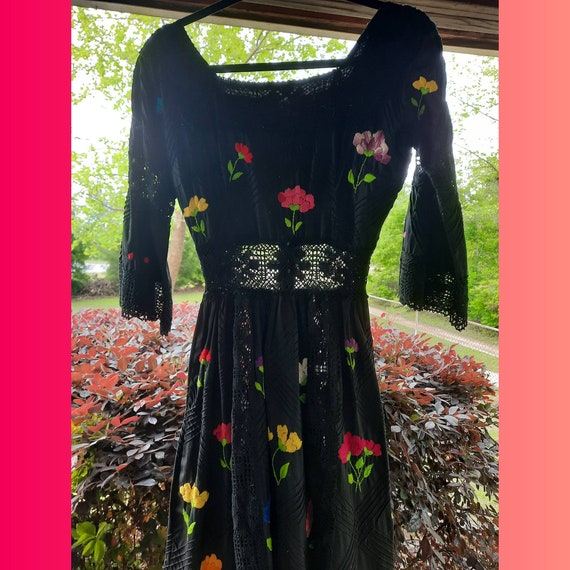 1960s Vintage Bohemian Dress - image 3