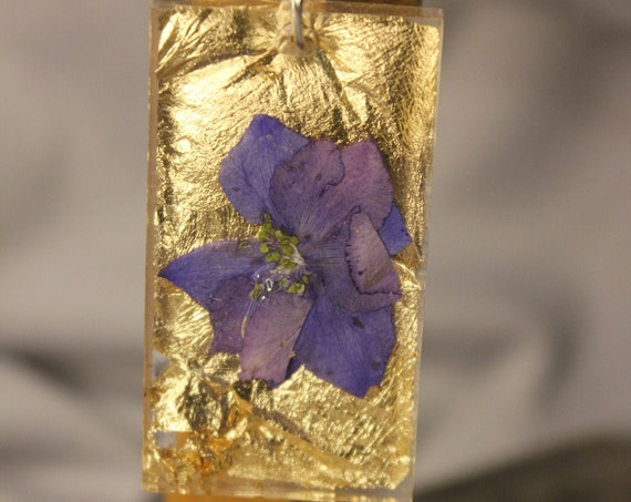 Gold leaf and Dried Flower resin pendant