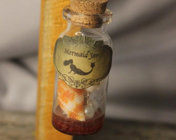Mermaid Jar, Fantasy, Nautical, Resin Shaker Necklace.