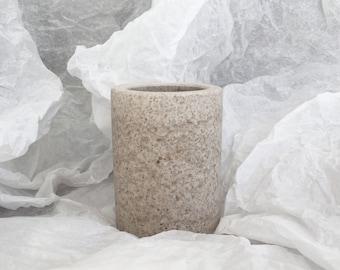 Grand pot à crayon - teinte 1 Albatre