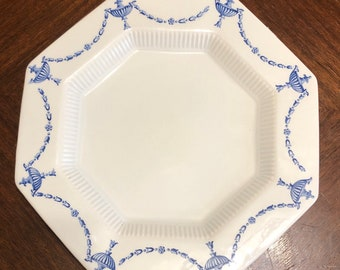Vintage Blue and White Dinner Plate, Ironstone China, Castleton China Made in Japan, Hand applied Underglaze Decorations, 1776 Independence