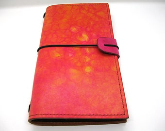 """Leather Midori style Traveller's Notebook for (11x21cm, 4 1/4 x 8 1/4"""") Bubble Colored lined with pigskin"""