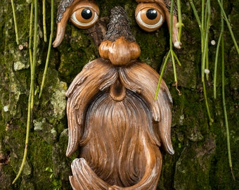Tree Faces Decor Outdoor – Tree Hugger Yard Art Garden Decoration – Unique Bird Feeders for Outdoors and Indoors – Old Man Tree Art