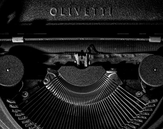 Olivetti ICO Typewriter